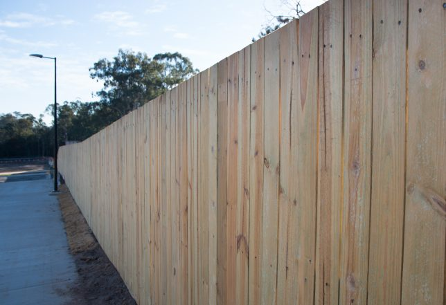 timber fencing contractors brisbane